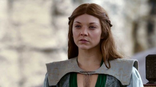 Margaery Tyrell wallpaper probably containing a surcoat titled Margaery