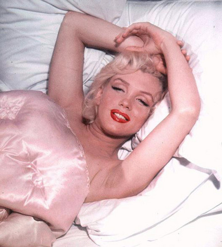 Marilyn Monroe achtergrond containing skin called Marilyn Monroe