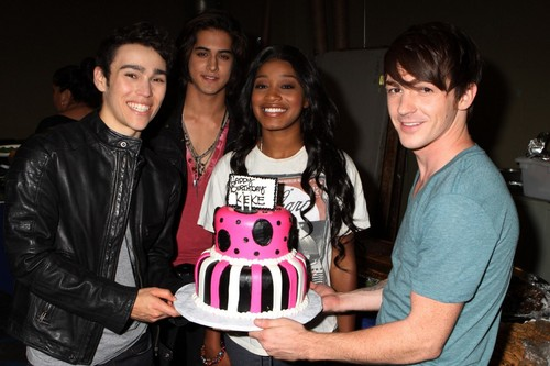 Max Surprising Keke a Cake!