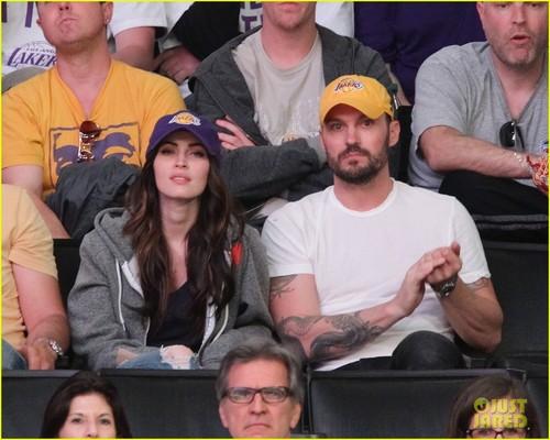 Megan zorro, fox & Brian Austin Green: Lakers Game Date!