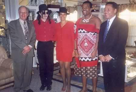 Michael Jackson in Africa ( rare picture) ♥