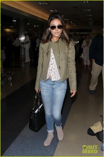 Mila Kunis: Frequent Flyer!