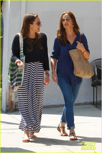 Minka Kelly: Urth Caffe with Raina Penchansky!