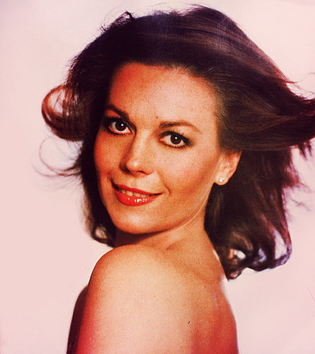 Natalie Wood wallpaper containing skin and a portrait titled Natalie :)