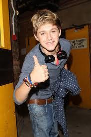 Niall(;