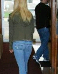 Nikkole Paulun booty