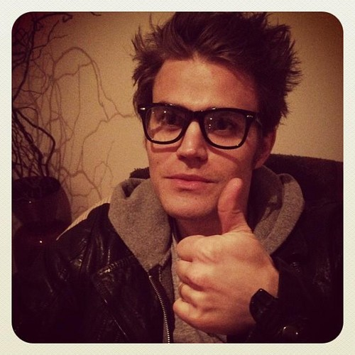 Paul Wesley wallpaper containing sunglasses entitled Paul Wesley