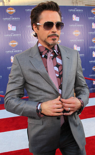 "Premiere Of Paramount Pictures & Marvel Entertainment's ""Captain America: The First Avenger"" - Arriv"