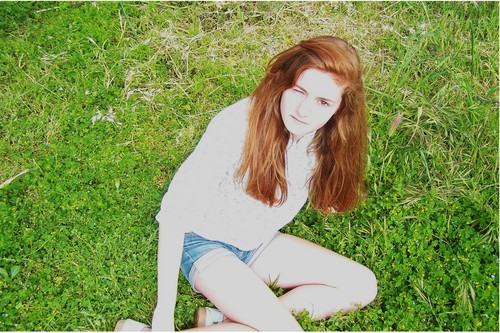 Renesme when she looks 13 au 14. Do wewe think she looks like the teenage Renesmee?