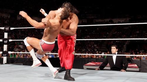 Rhodes and Del Rio vs 表示する and Khali