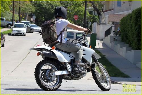 Ryan Gosling: Motorcycle Getaway