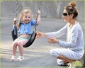 Sarah Jessica Parker: Popsicles &amp; Park with the Twins! - sarah-jessica-parker photo