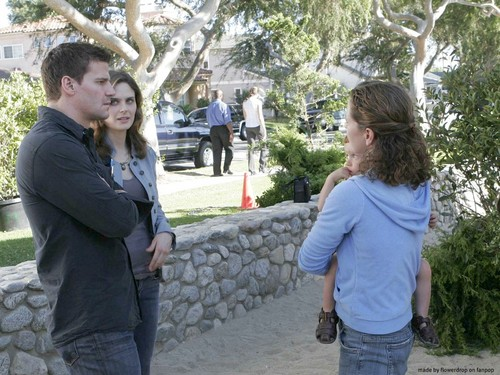 Seeley Booth achtergrond probably with a business suit, a street, and a live oak titled Seeley Booth achtergrond