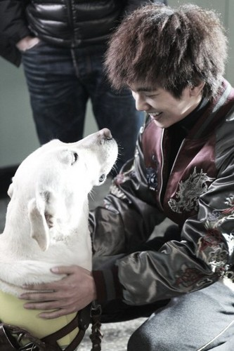 "Seung Ho and Ha Neul In "" Blind """