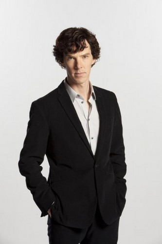 Sherlock in der BBC Hintergrund with a business suit, a suit, and a two piece called Sherlock Season 1 Promo