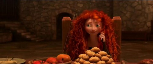 "Smiling Merida - bravo ""Families Legend"" Trailer"