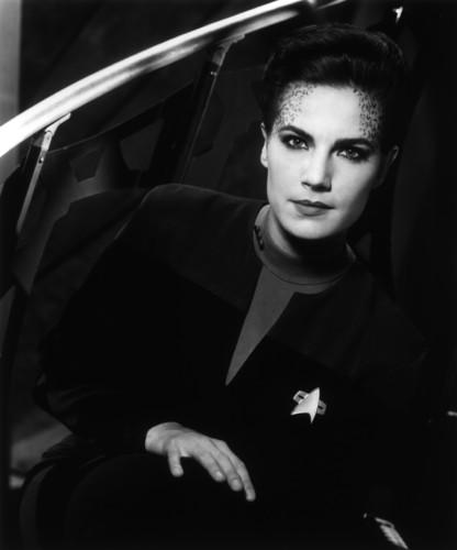 তারকা Trek: Deep মহাকাশ Nine