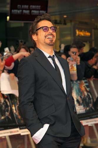 Stars at the Premiere of 'The Avengers' in Luân Đôn