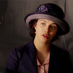 Lady Sybil Crawley वॉलपेपर with a fedora and a boater titled Sybil <3