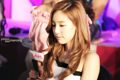 Kim Taeyeon images Taeyeon @ I AM Event Showcase HD wallpaper and background photos