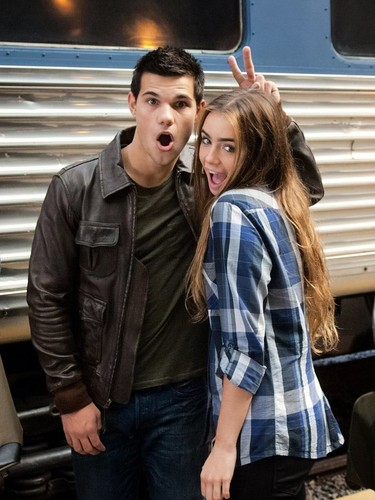 Taylor and Lily bts at Abduction
