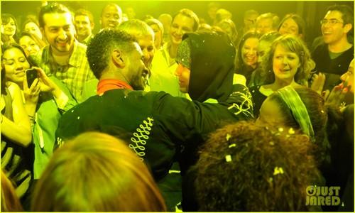 亚瑟小子 & Justin Bieber: 'Fuerza Bruta' Dance Off!