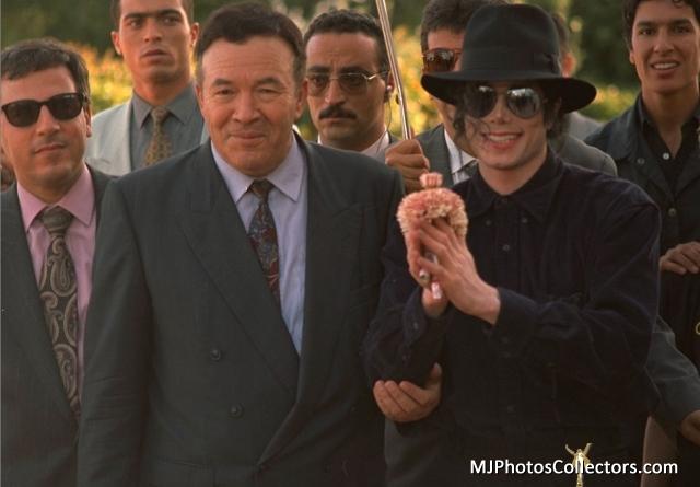 你 ARE PERFECTION MY DARLING MICHAEL