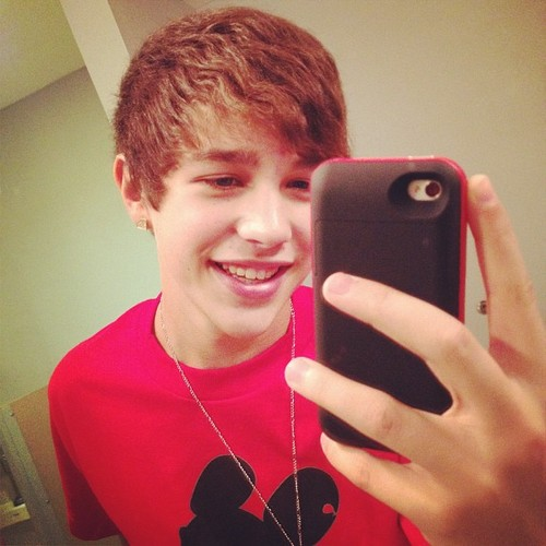 austin mahone with out braces