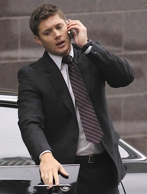 Hunters Angels And Demons Images Dean Suit S6 Wallpaper