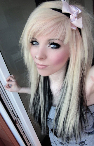 german, scene queen, emo girl, ira vampira, blond, black, hair