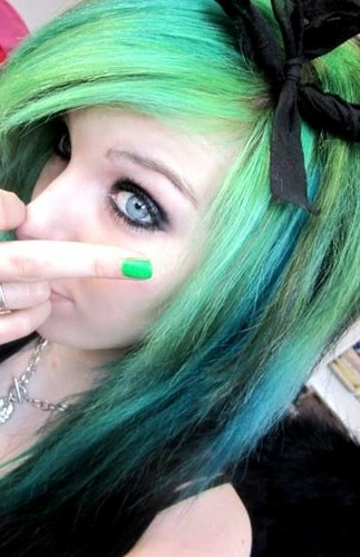 german, scene queen, Эмо girl, ira vampira, green, black, hair