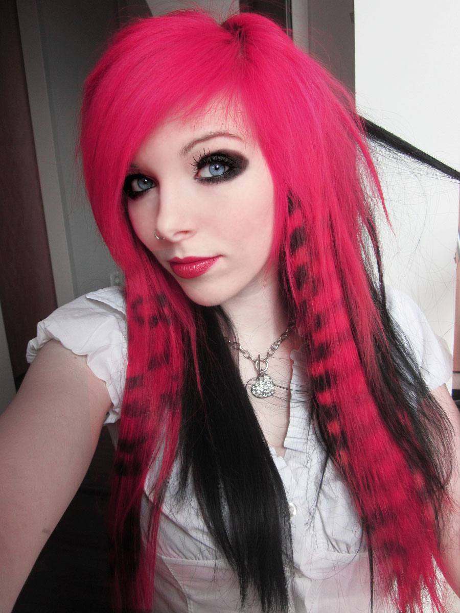 girl hair emo Black with red