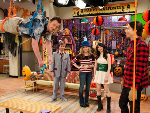 iCarly wallpaper called iHalfoween