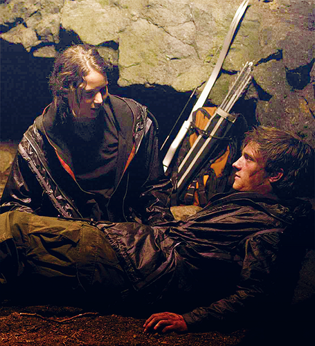 katniss and peeta <3