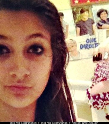 paris likes one direction