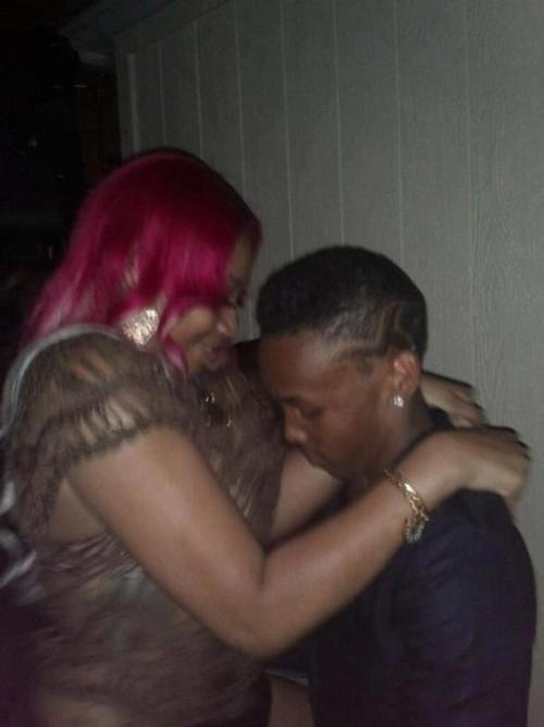 prodigy gets twerked on (pic #2)
