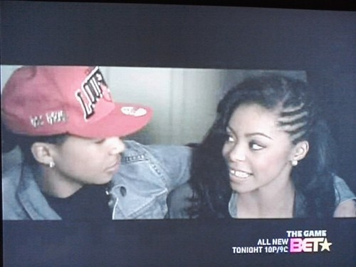 roc and the girl in the hello video LOL