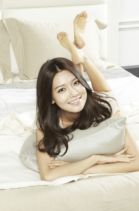 sooyoung@ Ace Bed