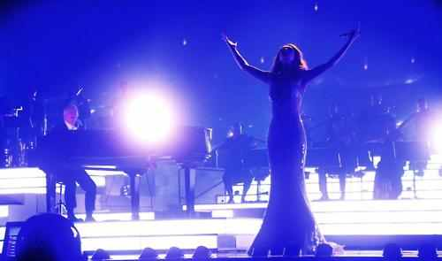 Celine Dion achtergrond containing a concert called ★Celine★