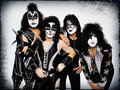 ☆ KISS ☆ - musicians-in-makeup wallpaper