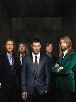 Maroon 5 wallpaper containing a business suit, a suit, and a three piece suit entitled ★Maroon 5★