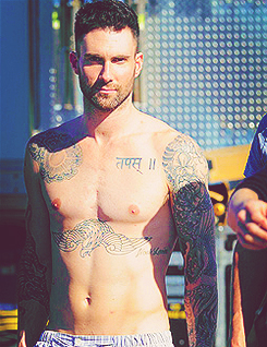 Adam Levine wallpaper possibly containing a hunk called ^^