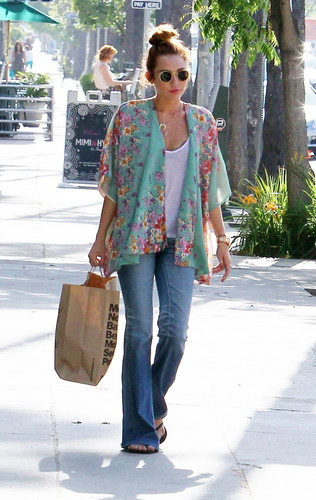 2012  May  Shopping With Liam In Studio City [10th May] - miley-cyrus Photo