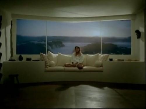 Beyoncé - Ring The Alarm (Screencaps)