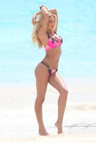 Bikini Photoshoot On The strand In St Barth's [2 May 2012]