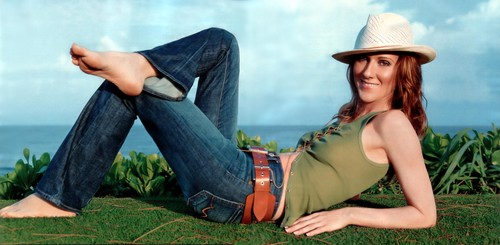 Celine Dion wallpaper containing a boater entitled Celine Dion