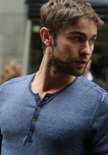 Chace - Meeting Фаны In Martin Place - April 23, 2012