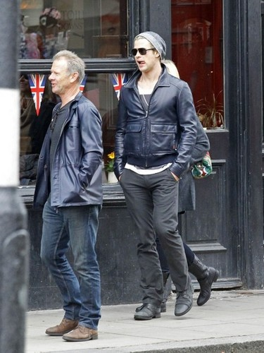 Chris Hemsworth and Parents in london