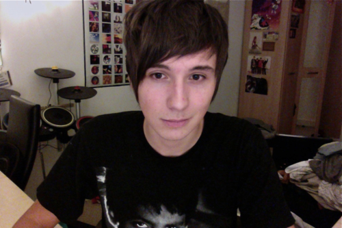 Dan Howell - danisnotonfire Photo