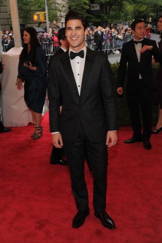 Darren attends met gala 2012 07/05/12